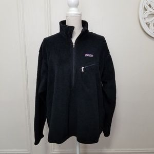 Patagonia half zip size L fleece sweater